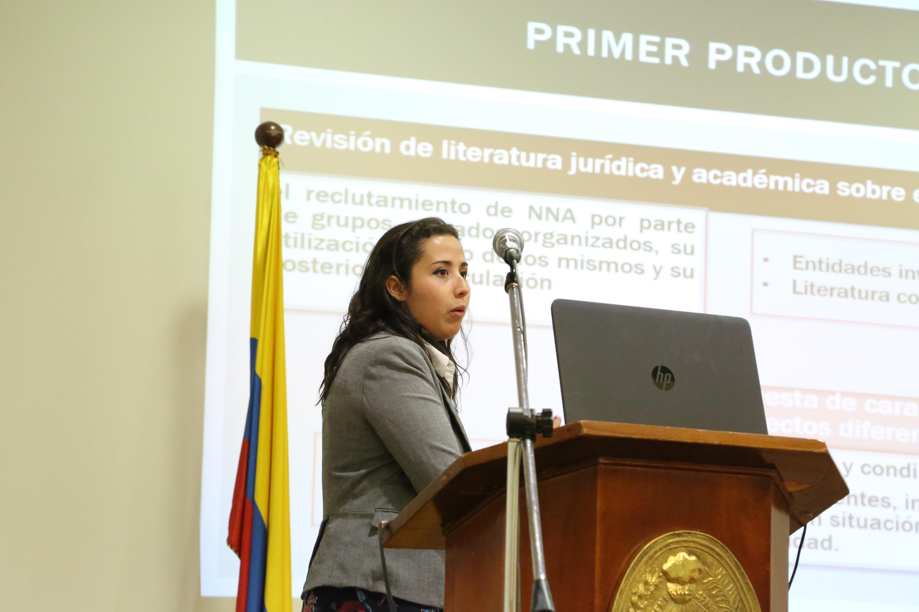Un equipo Capstone presenta los resultados de su investigación a la Unidad para las Víctimas de la Presidencia de la República (2015)