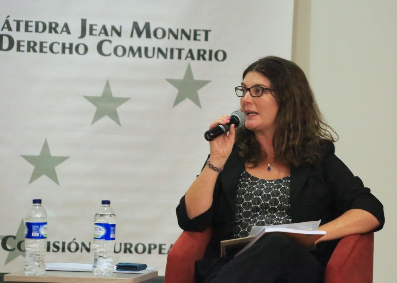 Rachel Brazier de la Embajada Británica.