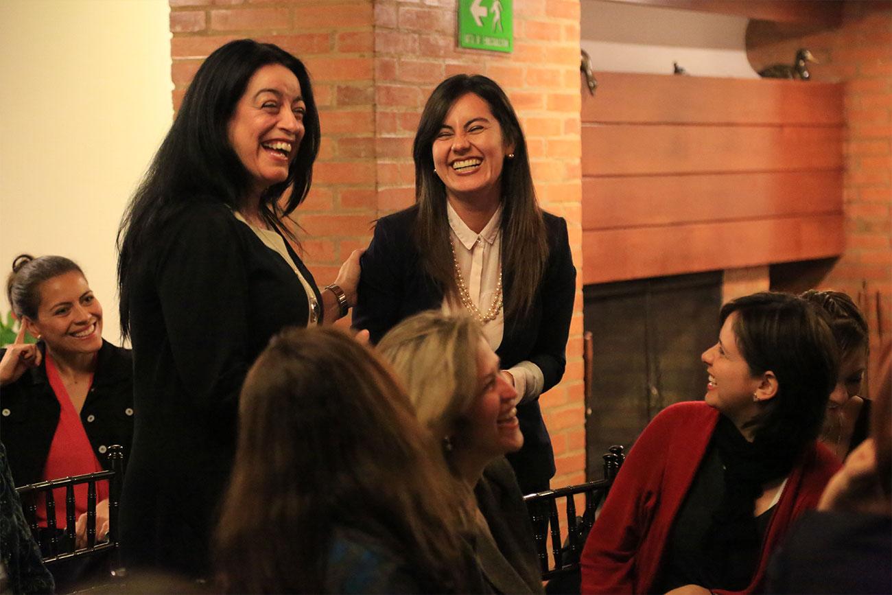 24cuerpo-mujeres-rompiendo-barreras-administracion-empresas