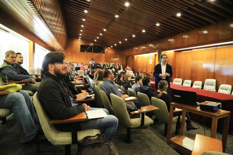 El docente José Angulo Linero, de la Facultad de Ciencias de la Educación lideró la charla.