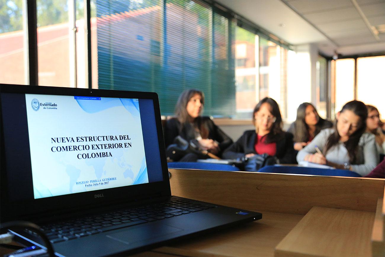 Perilla mencionó que es necesario que, tanto los funcionaros públicos como los usuarios involucrados en el comercio exterior, identifiquen y conozcan estas dos normas.