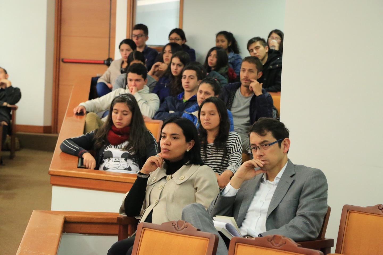Andrés Álvarez, docente de la Facultad de Economía de la Universidad de los Andes.
