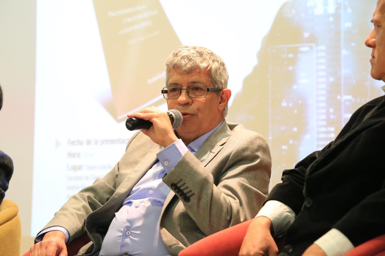 Durante su intervención agradeció el espacio que le suministró la Academia para el desarrollo de su trabajo.