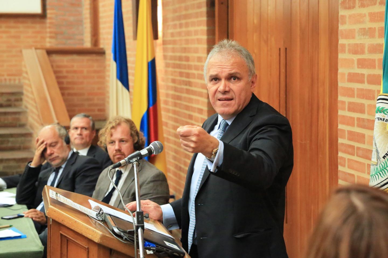 Ernesto Rengifo - Universidad Externado de Colombia.