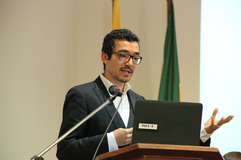 IP7A8621 Alejandro Burgos
