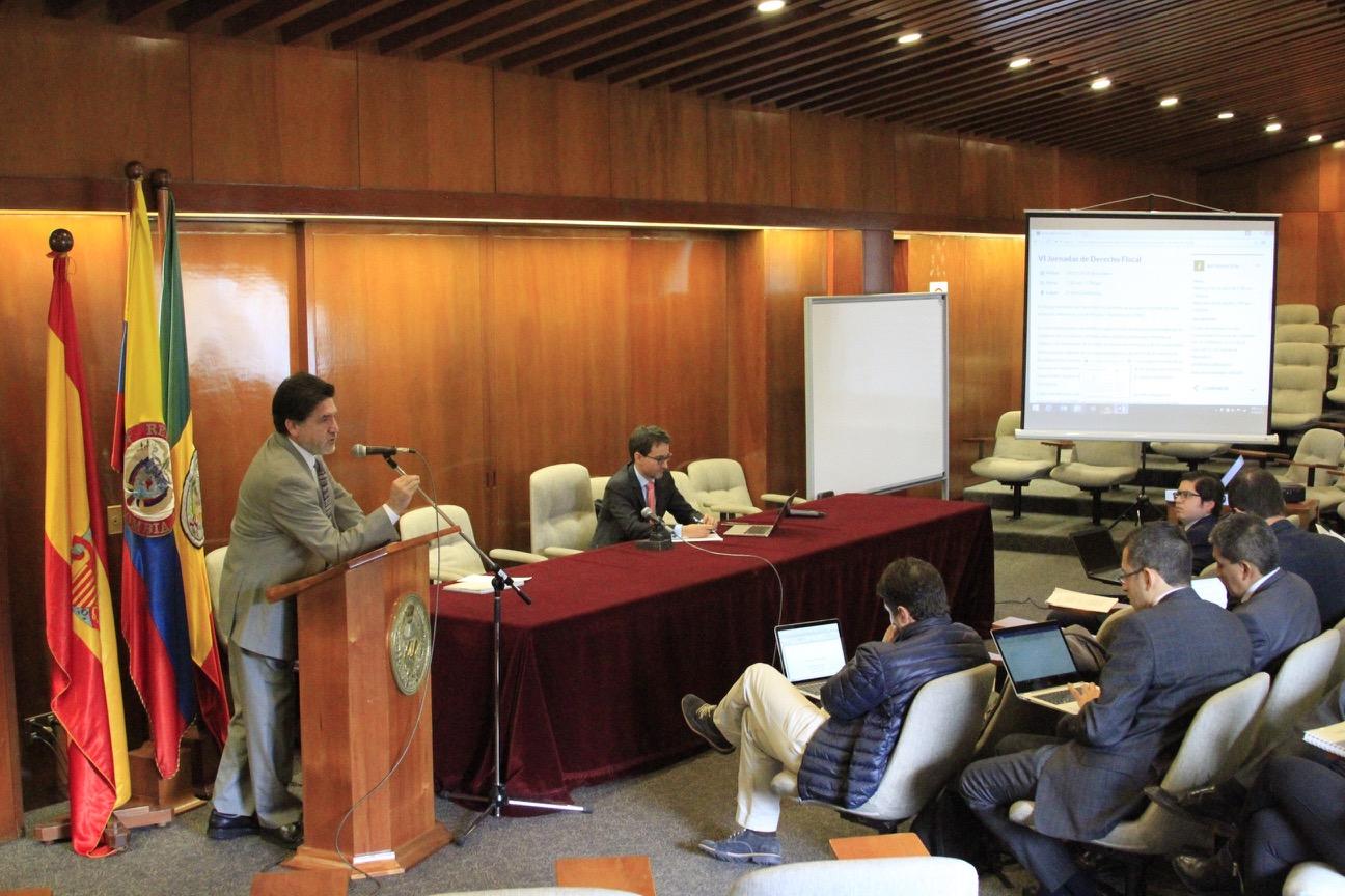 """Con la presencia de diferentes expertos y académicos, el Departamento de Derecho Fiscal del Externado, realizó un nuevo encuentro sobre el tema, durante las """"VI Jornadas de Derecho Fiscal""""."""