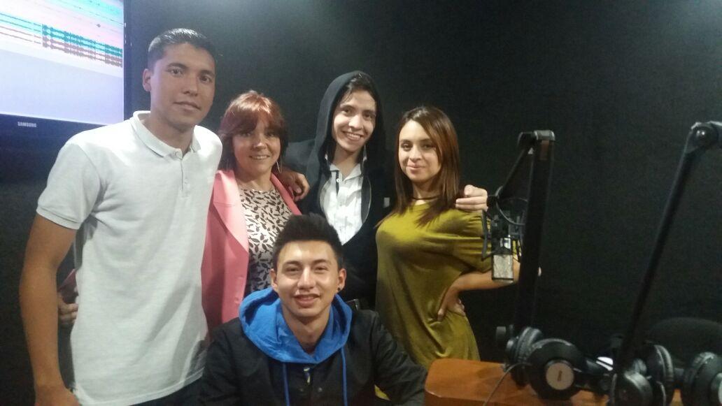 Estudiantes Clara Radio Externado