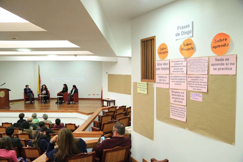 El docente Diego Martínez fue el fundador de la Especialización en Cooperación Internacional y Gestión de Proyectos para el Desarrollo.