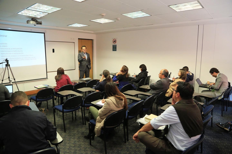 La charla, organizada por el Departamento de Derecho Ambiental del Externado, estuvo a cargo de Jorge Iván Hurtado, docente de esta Casa de Estudios y candidato a Doctor en Derecho de la misma Universidad.