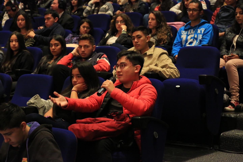 El Rector de nuestra Casa de Estudios les narró a los estudiantes la historia del Externado, fundada el 15 de febrero de 1886 por el joven jurista y educador Nicolás Pinzón Warlosten.
