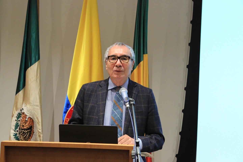 IP7A9990 Luis Fernando Aguilar Villanueva