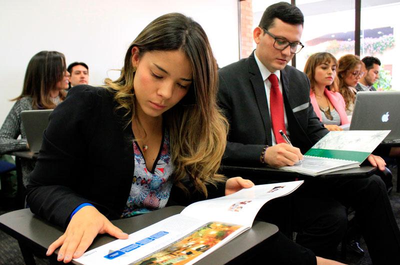 Diplomados y seminarios sin costo