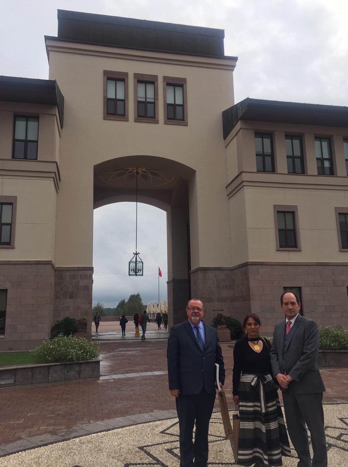 Fortalecimiento de las relaciones del Externado con la Academia en Turquía