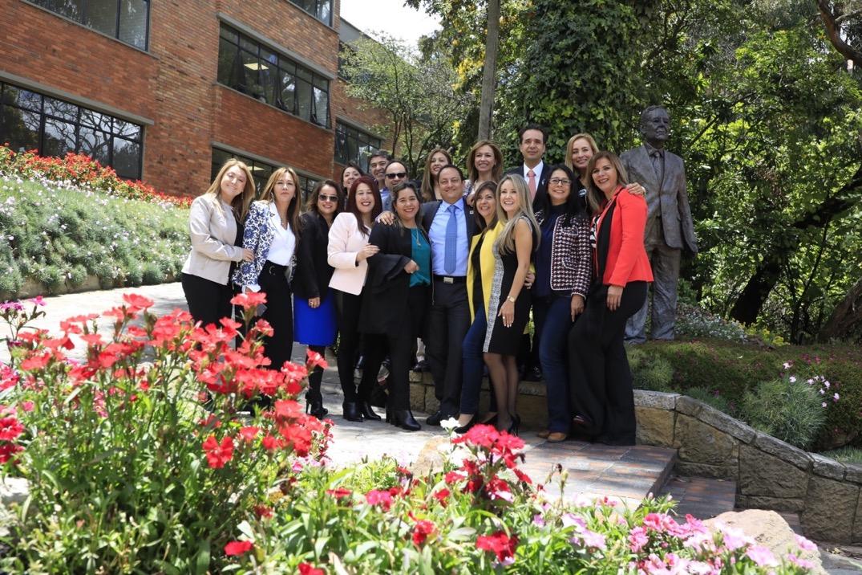 Celebración de 25 años de graduados como abogados externadistas