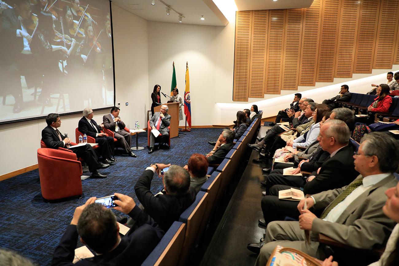 Homenaje a uno de los padres de la Contaduría Pública en Colombia