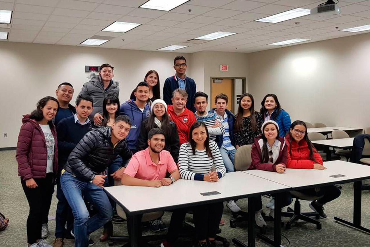 Estudiantes de la Facultad de Administración de Empresas