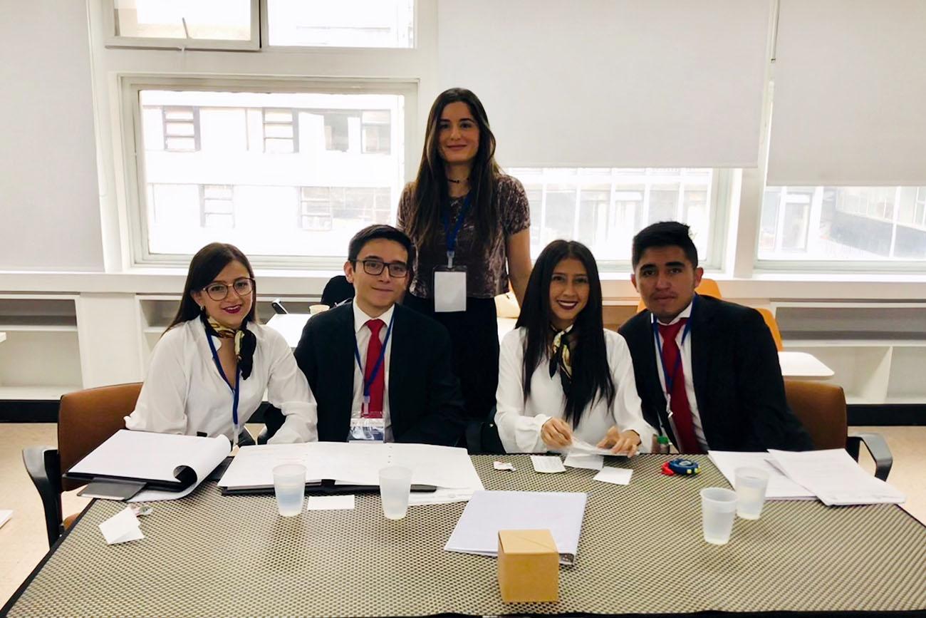 Equipo del Externado ocupó el segundo lugar en Concurso de Derecho Internacional Penal y Justicia Transicional