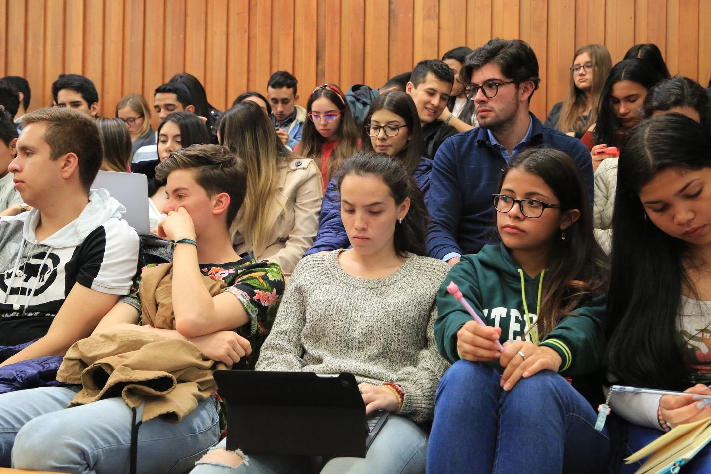 Expertos analizaron la vigencia del Código Civil Andrés Bello