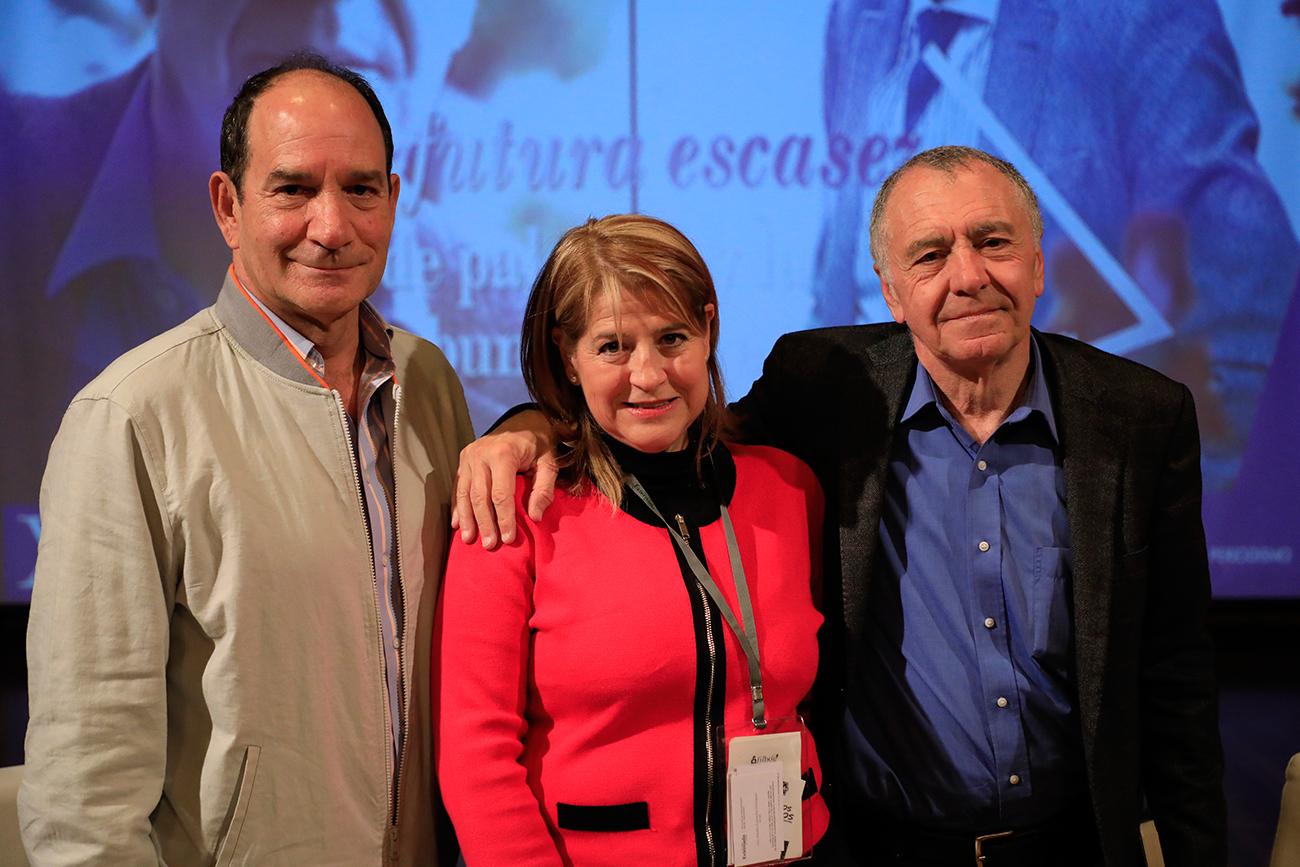 Rector Juan Carlos Henao, Luz Amalia Camacho y Gilles Lipovetsky