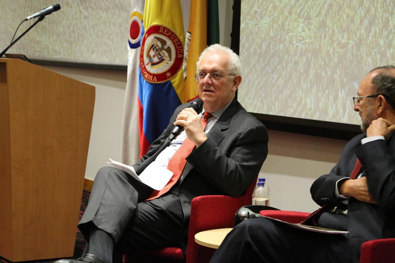 Contraloría presenta nueva edición de la revista Economía Colombiana
