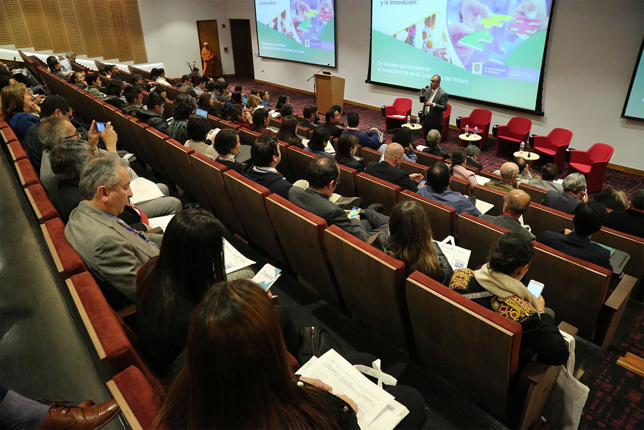 Congreso internacional sobre Gobernanza de la Ciencia y la Innovación: hacia el desarrollo inclusivo