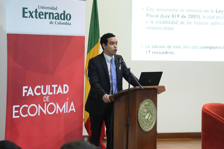 Presentación Marco Fiscal de Mediano Plazo 10