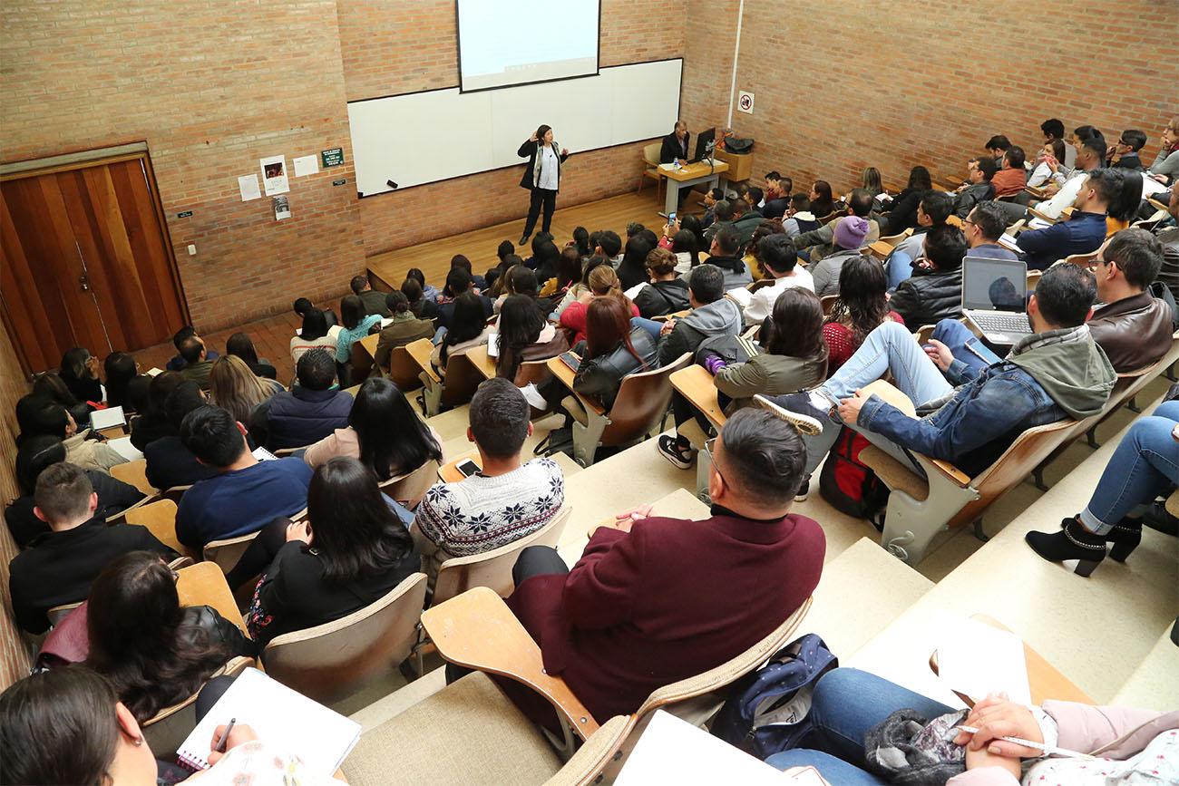 Bienvenida estudiantes 2020-1 Ciencias de la Educación