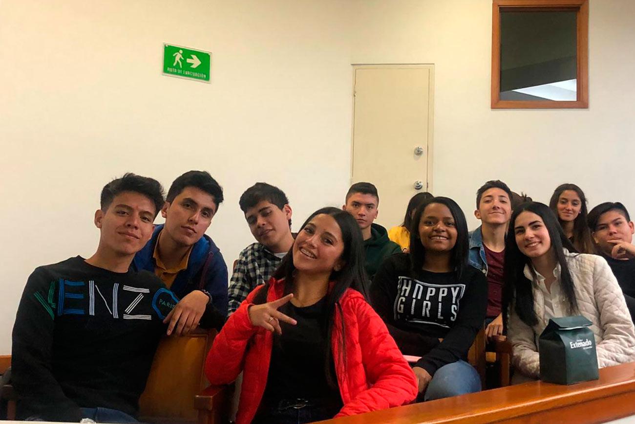 FIGRI les dio la bienvenida a los estudiantes que inician su primer semestre