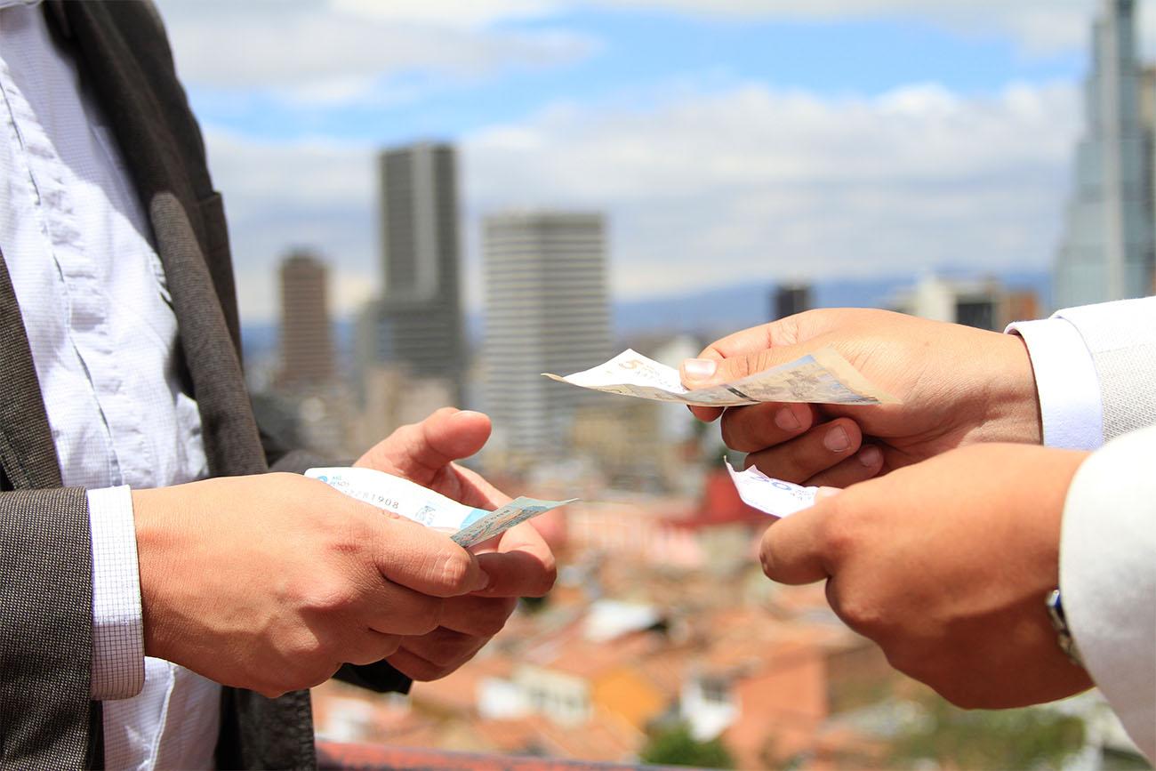 Corrupción y COVID-19: ¡Cuidado con los incentivos económicos! -  Universidad Externado de Colombia