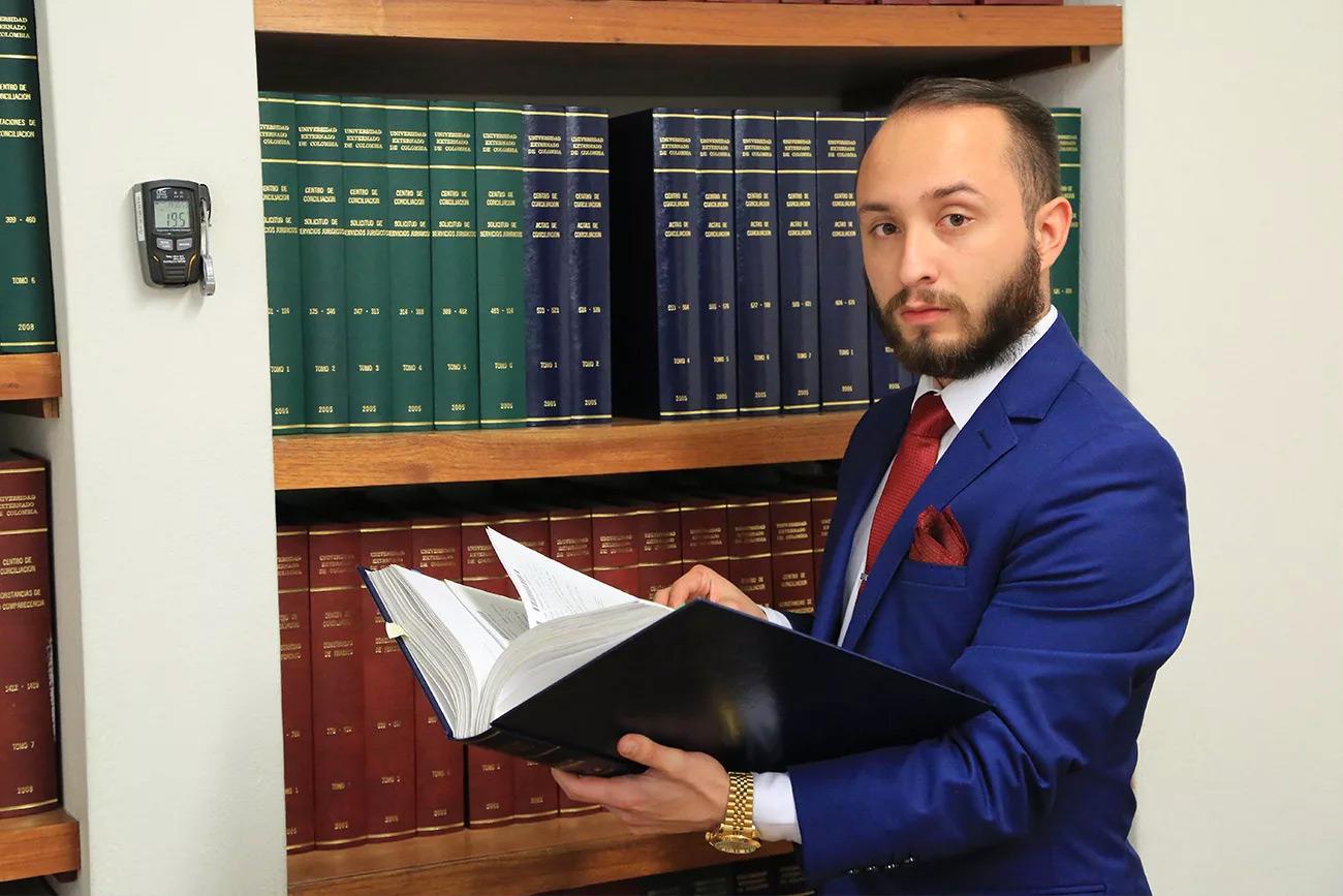 asesor de derecho Consultorio Jurídico Externadista