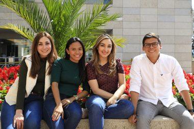 Grupo de estudiantes del externado